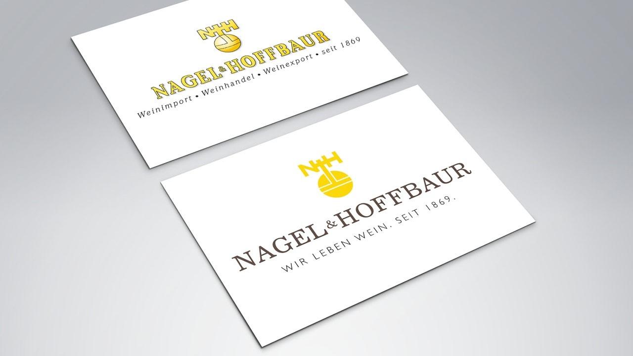 """""""Wir leben Wein. Seit 1869."""" Stilvoll reduziertes Design."""